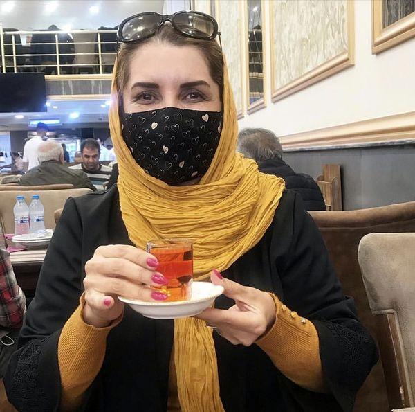 چایی خوردن فریبا کوثری با ماسک + عکس