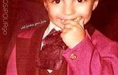 کودکی عادل فردوسی پور با موهای فرفری + عکس