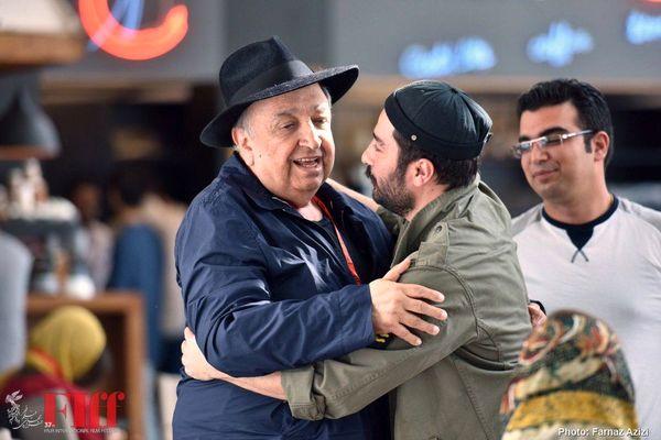 نوید محمدزاده در آغوش بهمن فرمان آرا عزیز + عکس