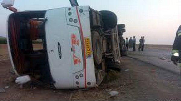 7 مصدوم در حادثه واژگونی اتوبوس در مشهد