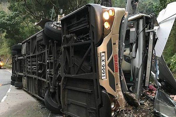 جزئیات واژگونی اتوبوس حامل اتباع هندوستان اعلام شد