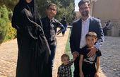 اقدام عجیب وزیر ارتباطات در گردش با خانواده در کاشان+عکس