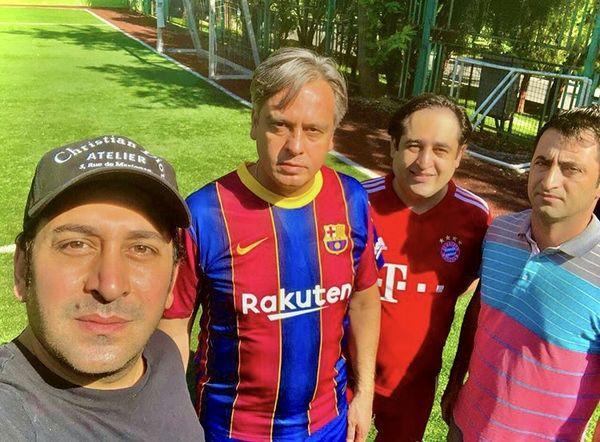 ورزش کردن وحید شیخ زاده با دوستانش + عکس