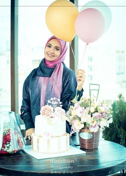 عکس خوشحال خانم مجری