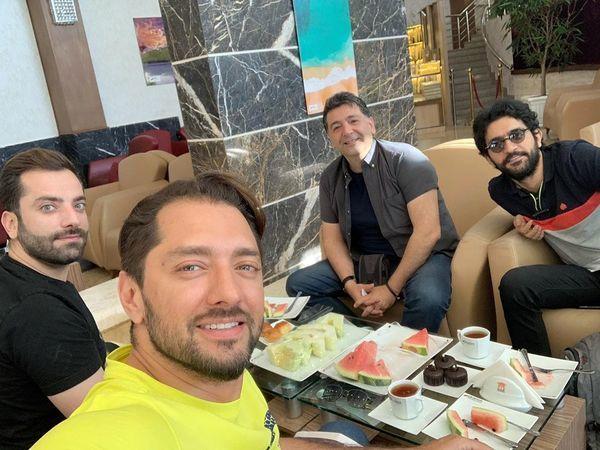 تفریح بهرام رادان و دوستانش در هتل + عکس