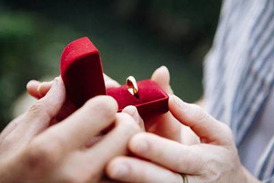 اشتباه در انتخاب همسر چه دلایلی دارد؟