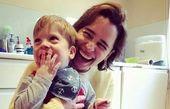 تفریحات «امیلا کلارک» با پسر خواندهاش