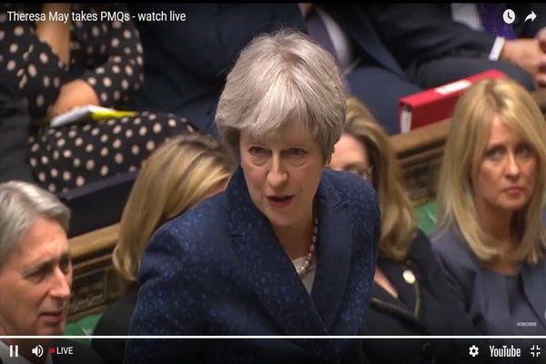 «ترزا می» باید در پارلمان انگلیس درباره حمله به سوریه پاسخ دهد