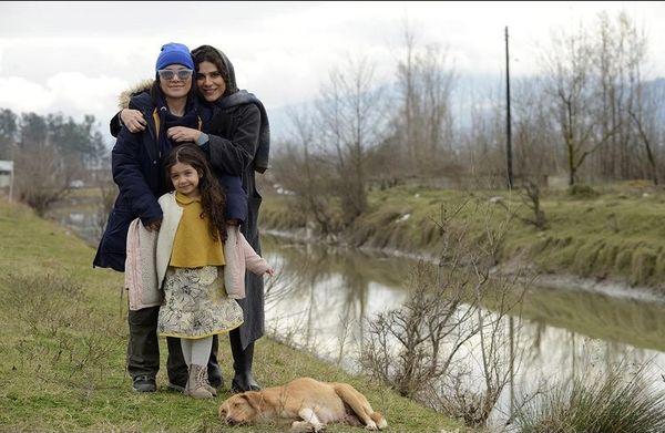 سحر دولتشاهی و دوستش در دل طبیعت + عکس