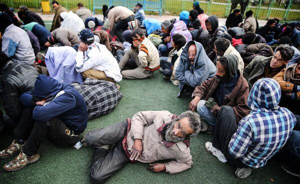 پلیس باز هم معتادان متجاهر را بازداشت میکند