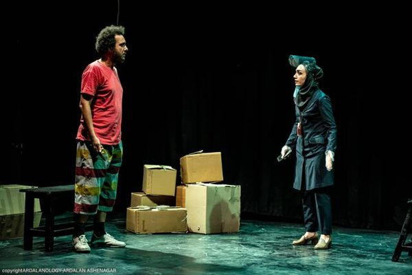 انتقاد یک کارگردان به نوید محمدزاده و اشکان خطیبی + عکس