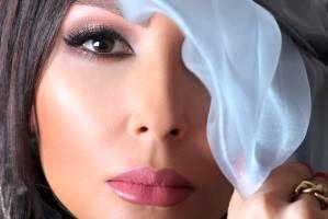 چهره پرستو صالحی بازیگر 41 ساله به عنوان مدل آرایشی