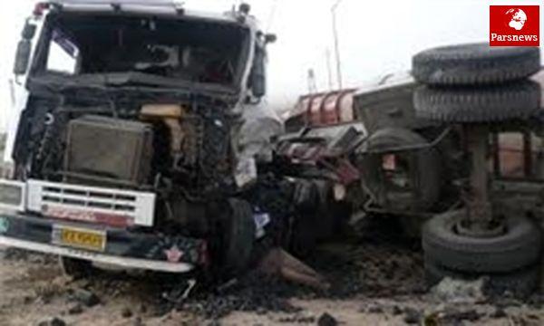 ۳ کشته و ۴ مجروح در حادثه برخورد دو تریلی