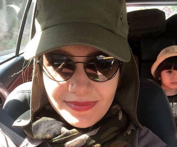 سلفی خاله شادونه با دخترش در ماشین + عکس