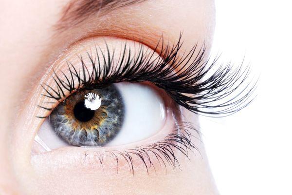 3 دلیل اصلی ریزش مژههای چشم