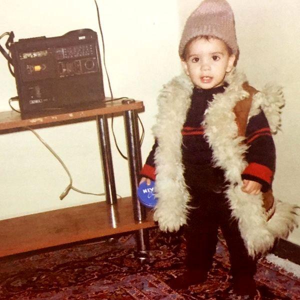 لباس بانمک امید حاجیلی در کودکی + عکس
