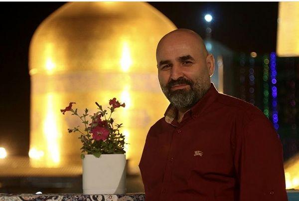 علی مسعودی در زیارت + عکس