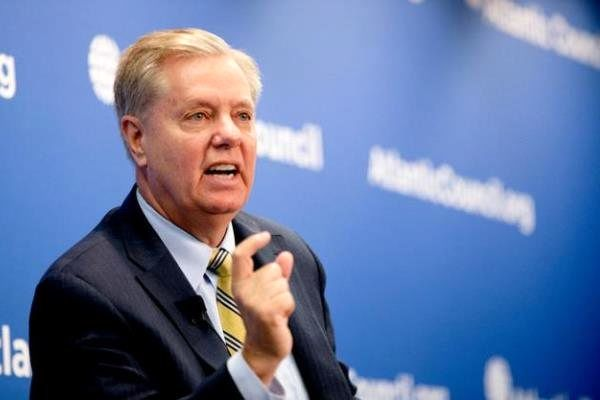 لیندسیگراهام: ترس از توقف همکاری سعودیها علیه ایران عقلانی نیست