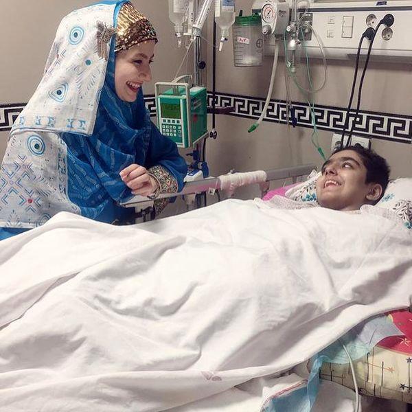 عکس خاله شادونه در بیمارستان
