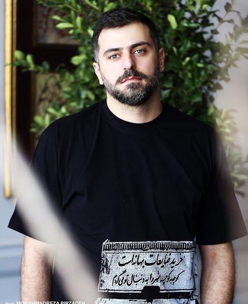 تی شرت شاعرانه علی ضیا + عکس