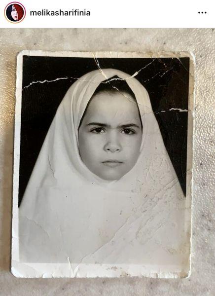 ملیکا خانم اخمو در دوران مدرسه + عکس