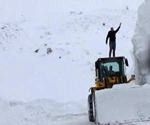 بارش 6 متری برف در ترکیه + تصاویر