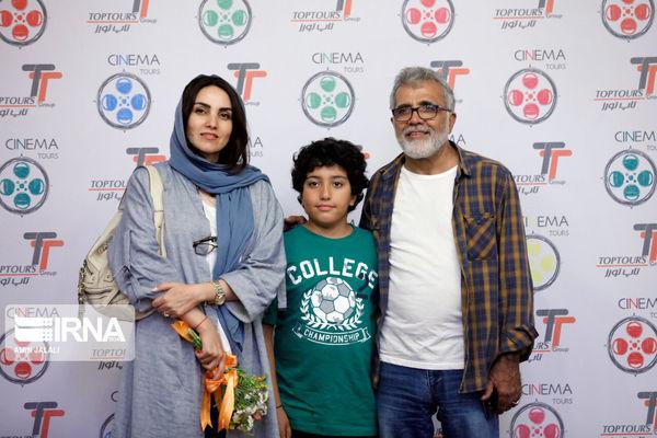 عکس آقای کارگردان و پسر و همسر بازیگرش در کیش