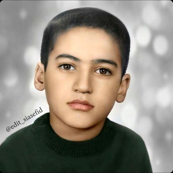 عکسی از کودکی نادر سلیمانی