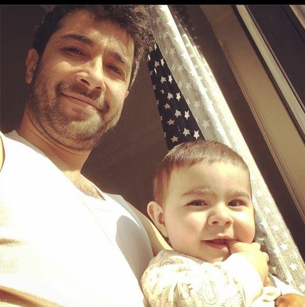 حسین مهری و پسرش + عکس