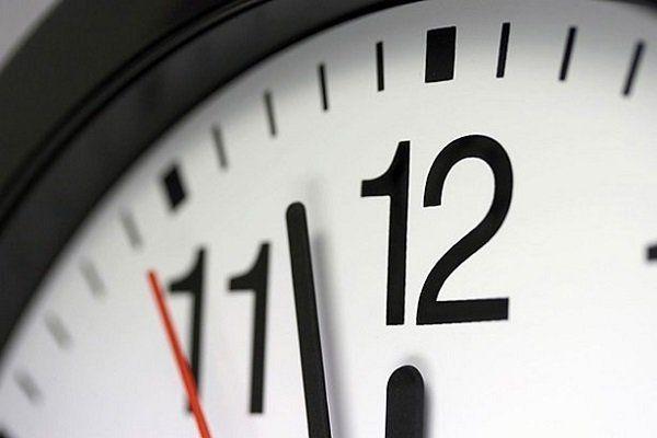 ساعت رسمی کشور فرداشب یک ساعت به عقب برمیگردد
