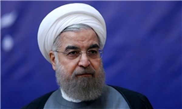 روحانی: از گسترش روابط تهران - آتن استقبال می کنیم