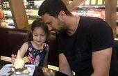 گردش پدر  دختری شاهرخ استخری و پناه+عکس