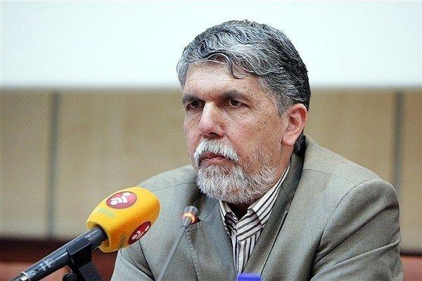 وزیر ارشاد: کاغذ از شرایط بحرانی خارج شده است