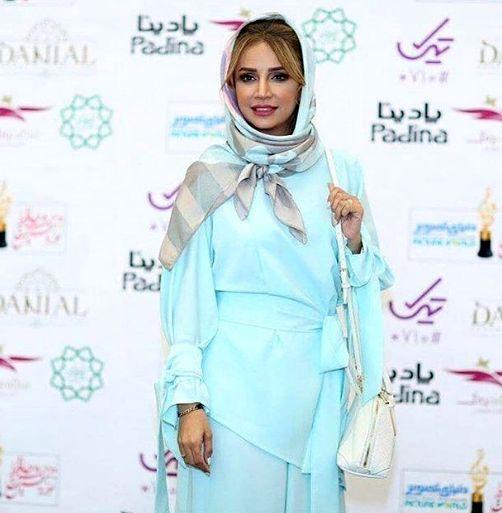 لباس خوشرنگ شبنم قلی خانی در جشن حافظ+عکس