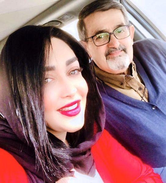 سارا منجزی پور در کنار پدر مرحومش + عکس