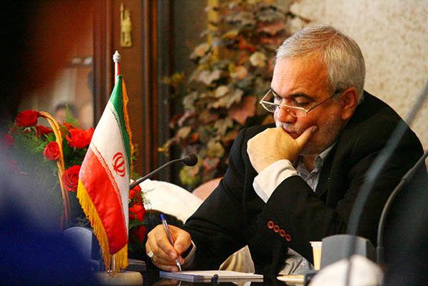 اینستاگرام:: عکس قدیمی بازیکنان استقلال در حرم امام حسین