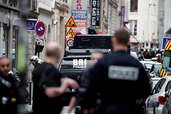 بازداشت گروگانگیر پاریس؛ گروگانها آزاد شدند