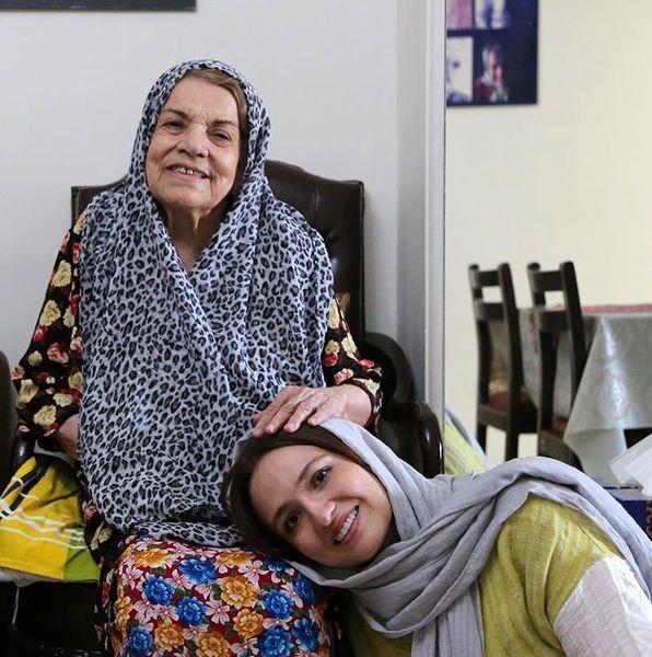 عکس مادرانه بازیگر پیشکسوت و گلاره عباسی