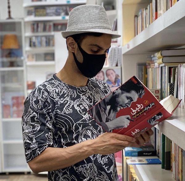 مهدیماهانی در کتابفروشی + عکس