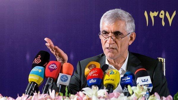 شهردار تهران به دنبال استفساریه!