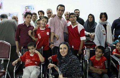 اسطوره خیر فوتبال در خیریه لیلا بلوکات+عکس