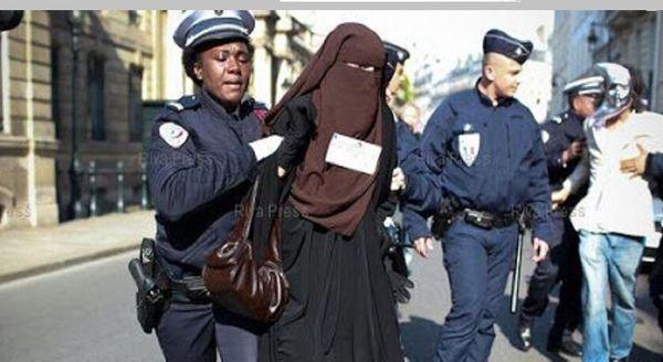 تبعیضها علیه زنان مسلمان و محجبه در آمریکا همچنان ادامه دارد
