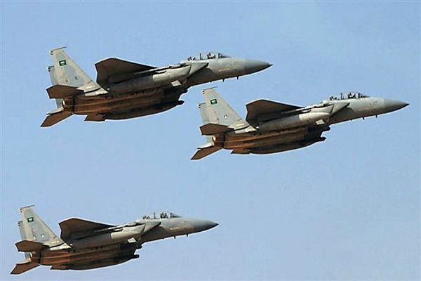 حملات گسترده جنگندههای متجاوز سعودی به «الحدیده» یمن