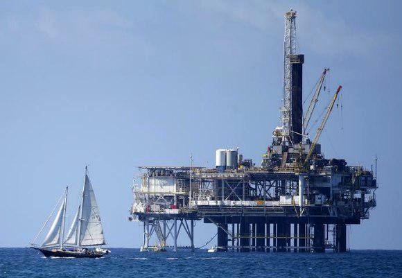 مخالفت ایالت کالیفرنیا با طرح دولت ترامپ برای استخراج نفت از دریا