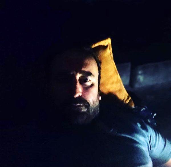 مهران احمدی در خواب + عکس