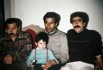 عکسی دیدنی از جوانی عبدالرضا اکبری و پسر بازیگرش