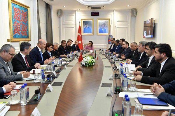 نشست هیأت های عالی رتبه ایران و ترکیه برگزار شد