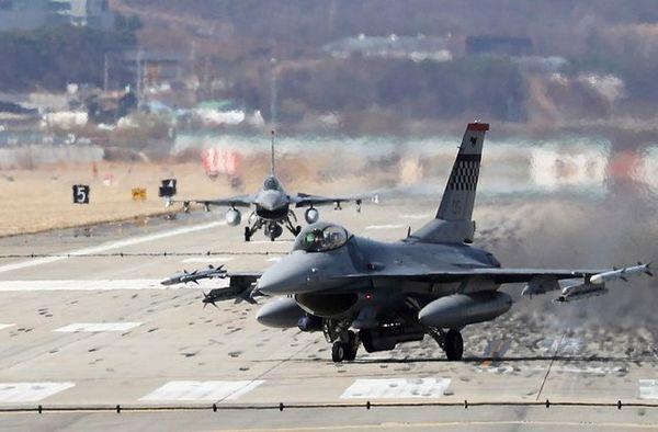مانور مشترک کره جنوبی و آمریکا در گوآم