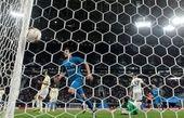 واکنش آزمون به عنوان بهترین بازیکن هفته لیگ اروپا +عکس