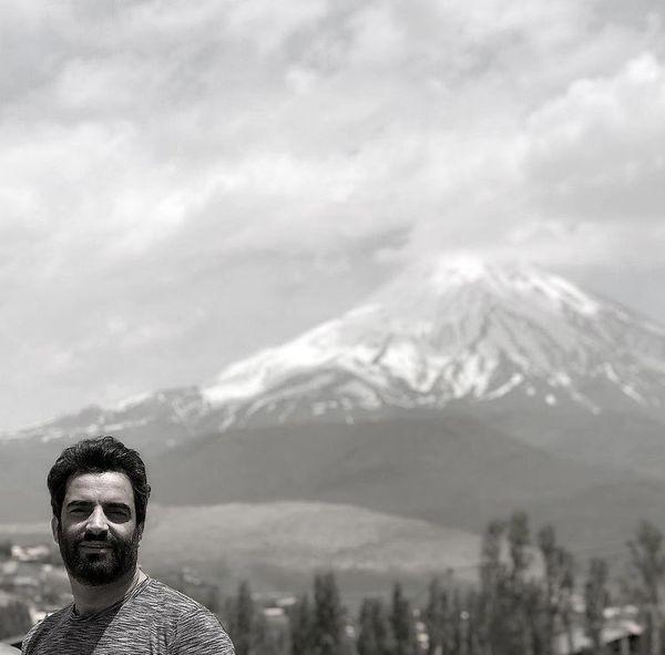 منوچهر هادی در دل طبیعتی بکر + عکس